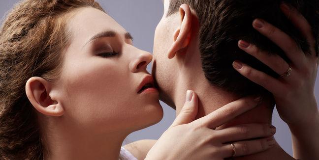 Hombres con deseo sexual